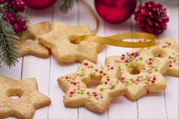 Albero Di Natale Con Biscotti A Stella.Golosita Sotto L Albero I Biscotti Stella Di Natale Informazioni Utili Gruppo Monviso Immobiliare